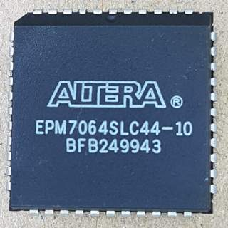 EPM7064SLC44-10